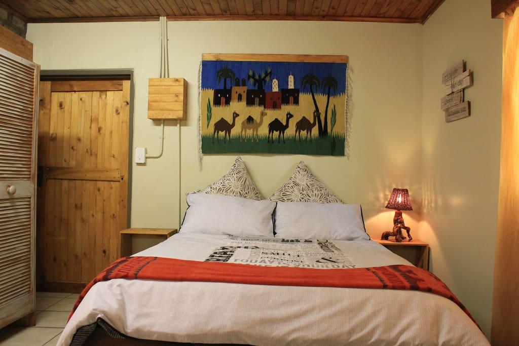 Camel Inn bed