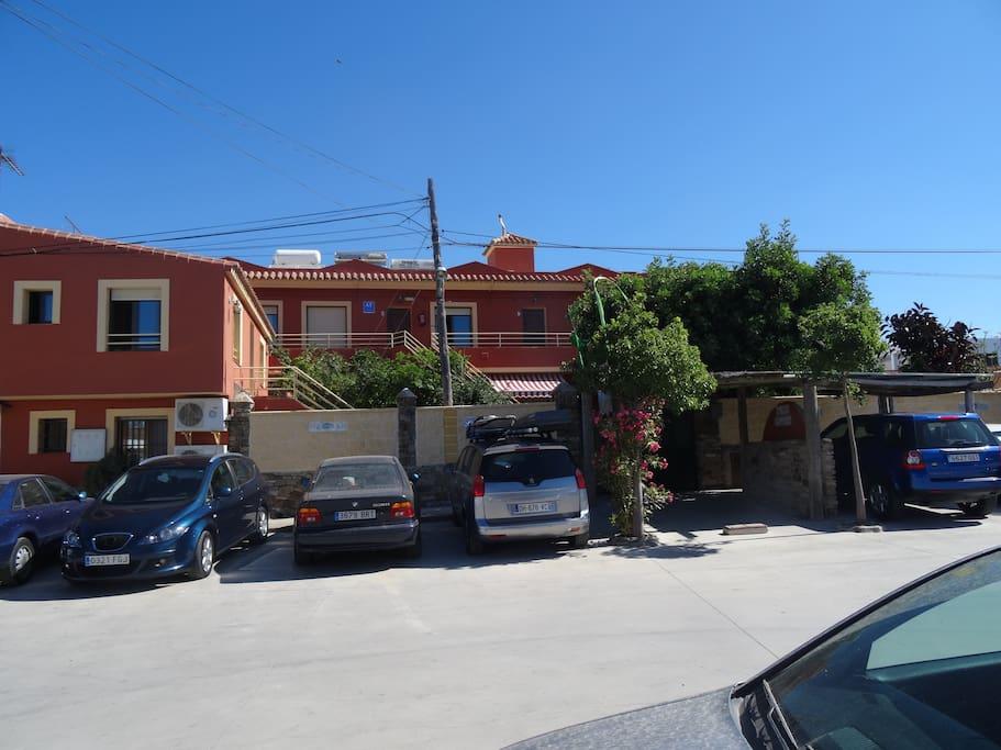 Apartamentos turisticos trajano apartamentos en alquiler for Licencia apartamento turistico madrid