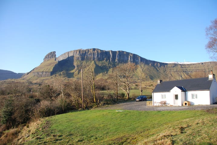 Eagles Rock Cottage - Kinlough - Cabana