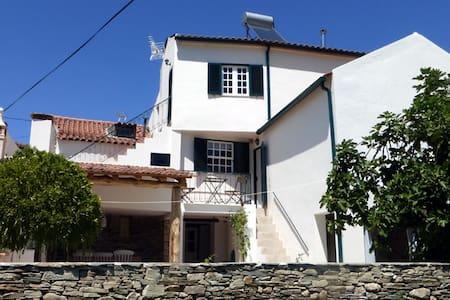 Casa Boa Vista, Coja - Coja