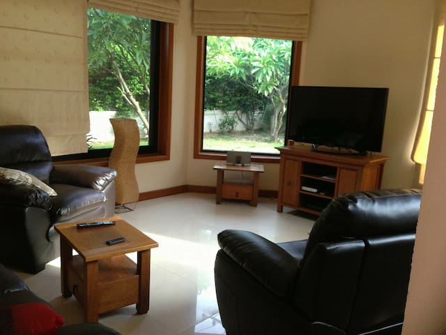 3 bedroom house on estate - Nong Kae - Dom
