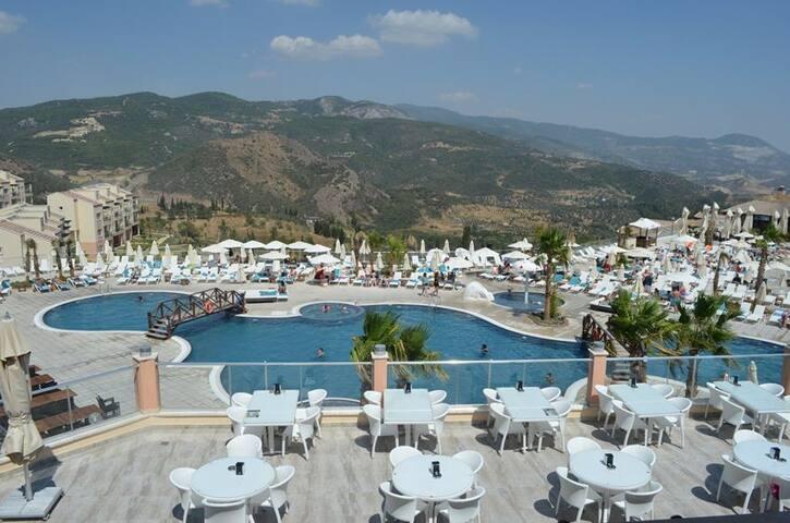 Kusadasi / Izmir / Aydin Golf und Spa Resort - Ağaçlı Köyü - Vila