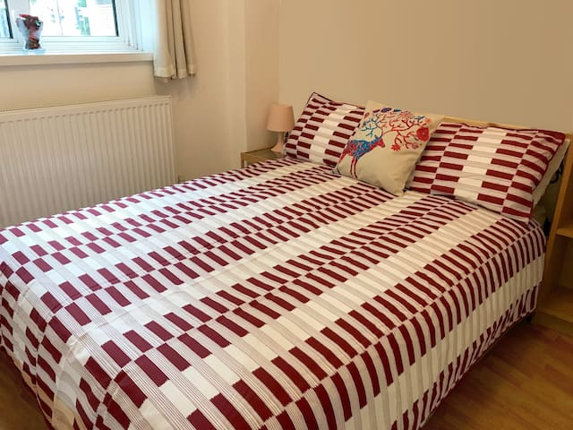 W3. Cosy Room in Central London, Kings Cross