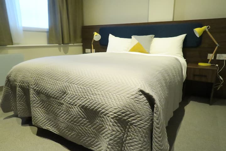 1 Bedroom Apartment Quay Apartments Clarence House