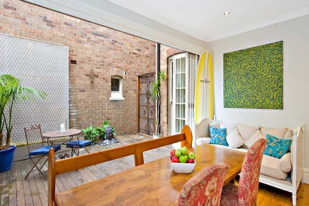 """""""The house is clean, tidy, stunningly decorated and very modern, but in a period Australian exterior which I loved. If you are looking for a place to stay while in Sydney, I could not recommend this place any more highly..... """" guest Aaron, Nov 2016."""