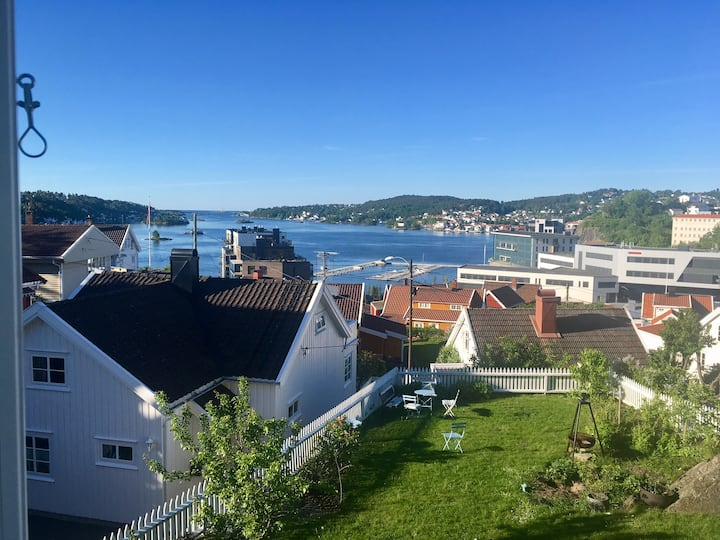 Beautiful studio overlooking Arendal inlet