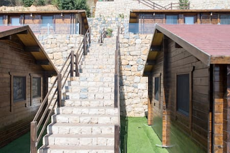 Pineville Lebanon 2 Bedrooms Chalet - Broumana