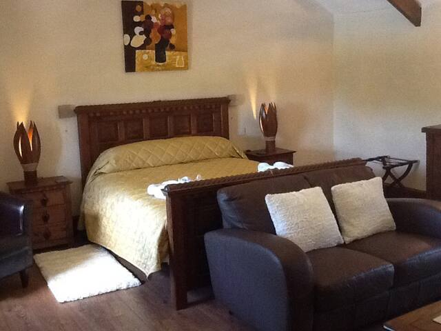 THE BARNS POLSUE FARM - Saint Ewe - Bed & Breakfast