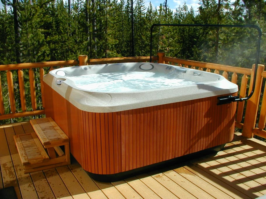 Hot tub on the deck.