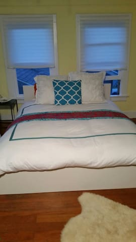 This queen size bed is super comfy based on several guests reviews.