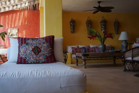Casa Mango, a magic place in Costa Careyes - Costa Careyes - Apartment