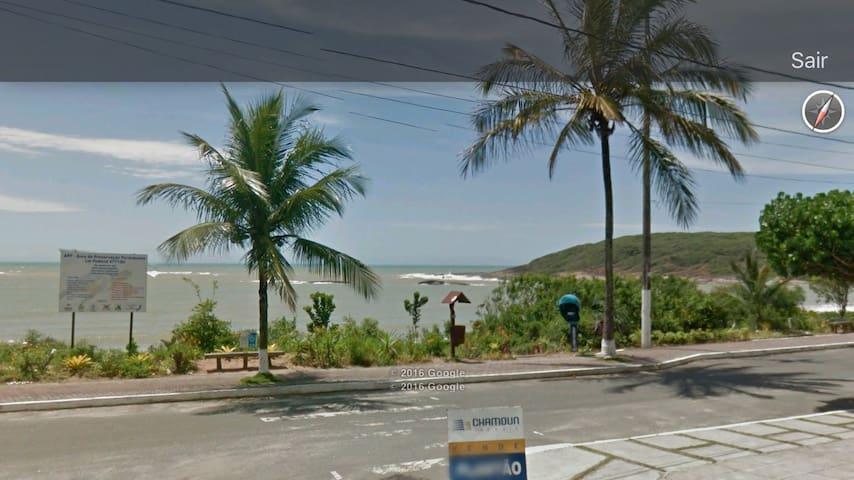 Frente mar Guarapari Enseada Azul Peracanga