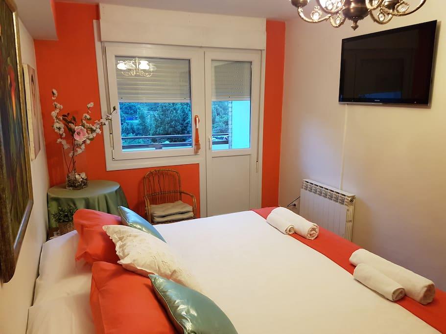votre chambre dans le pays basque appartements louer lekeitio pays basque espagne. Black Bedroom Furniture Sets. Home Design Ideas