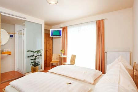 Pension Klug - Adults only (Mitterbach am Erlaufsee), Doppelzimmer