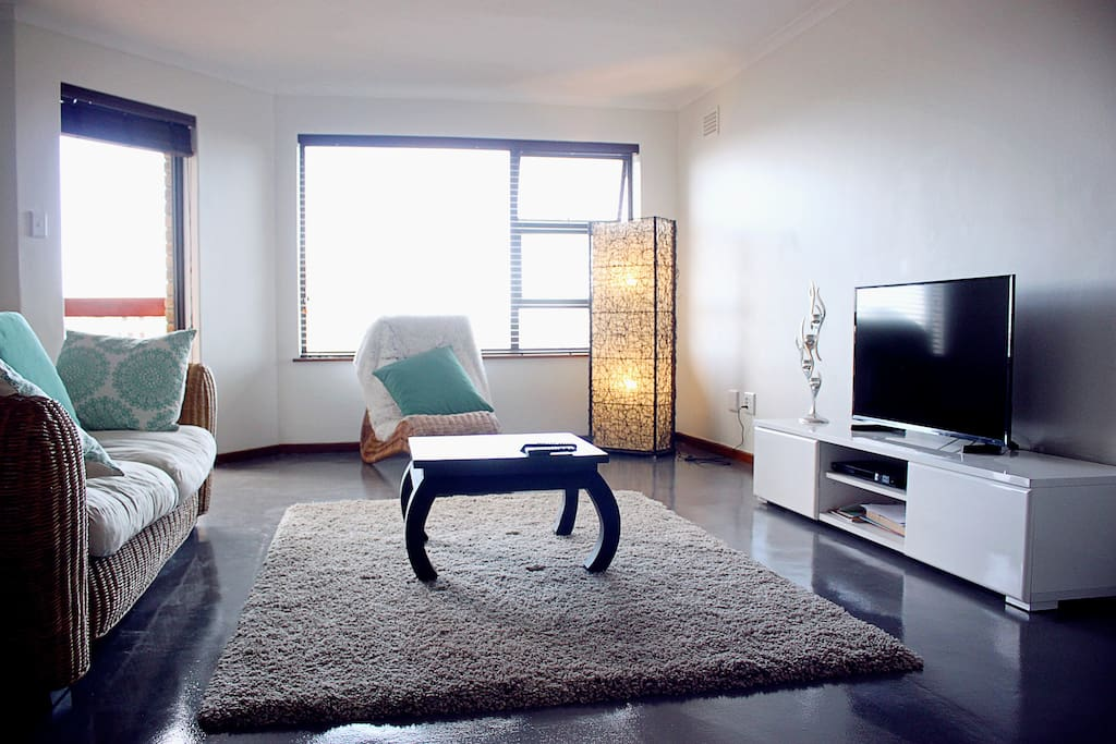 Lounge, 1st floor