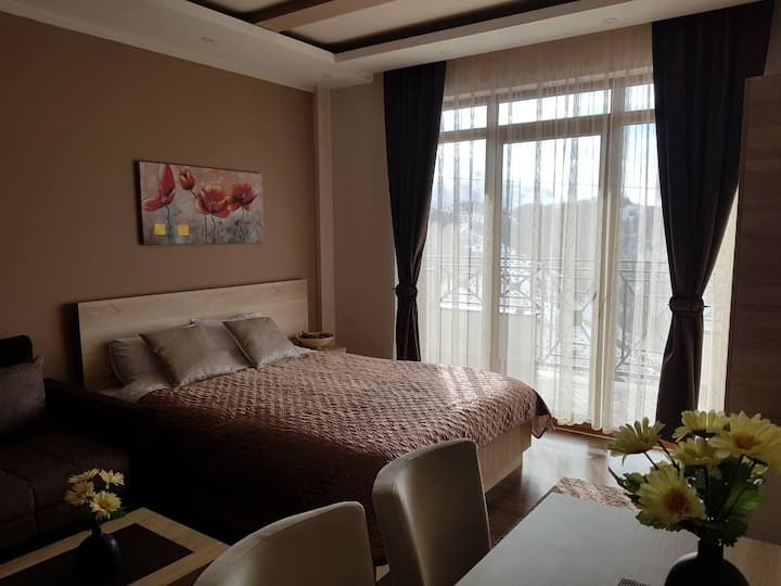 Milmari Apartman Pleasure M4