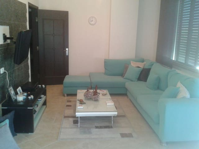 Modern & Spacious 2BR apartment - Amman - Byt
