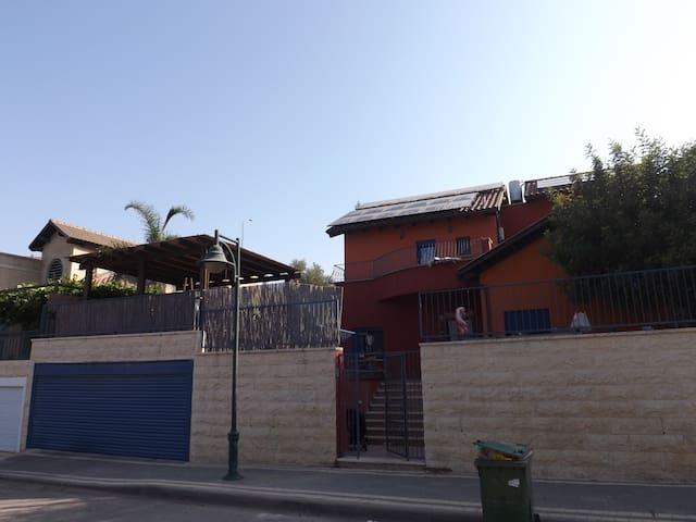 comfortable and luxurious villa - Beit Zait - Ev