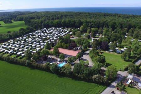 Ferielejlighed på Campingplads - Ålsgårde