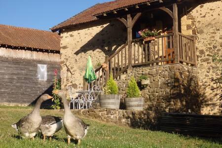 Le moulin de Roche, Chambres à la ferme (2)