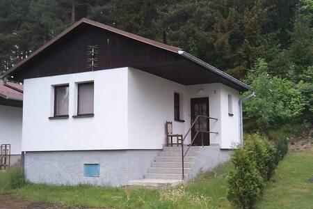 Rekreační chata v chatové osadě - Hnačov
