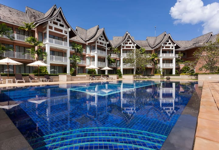 1 BR in the Heart of Laguna Phuket
