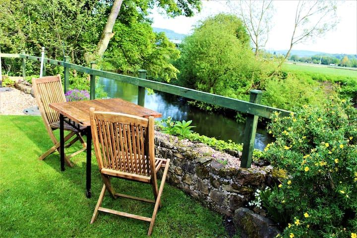 River Cottage Studio Near Chatsworth Peak District