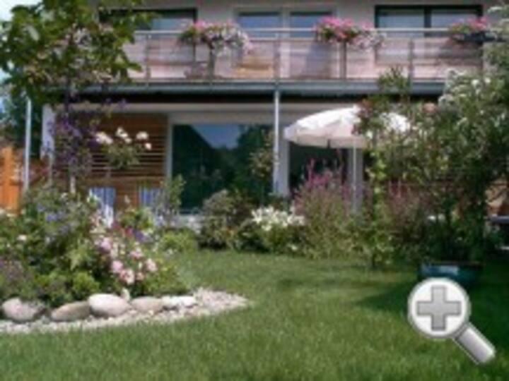 Ruhige Wohnung m. Garten in Seenähe