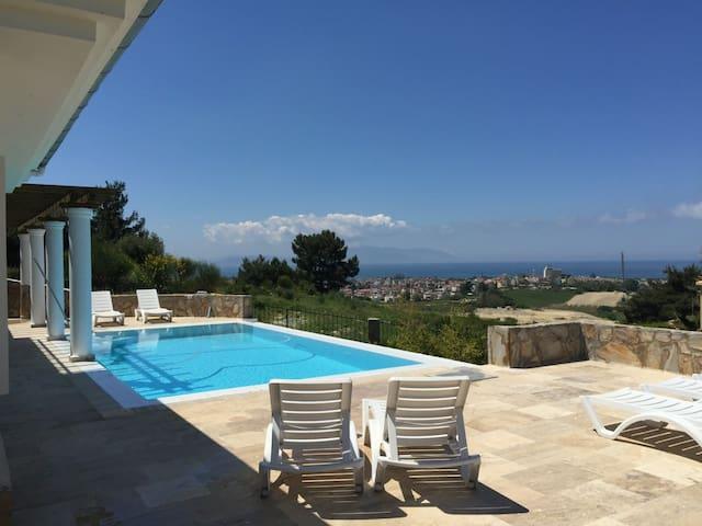 Villa Topkapi, with pool & seaview - Soğucak - Βίλα