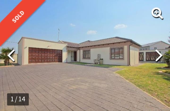 House close to JHB Airport