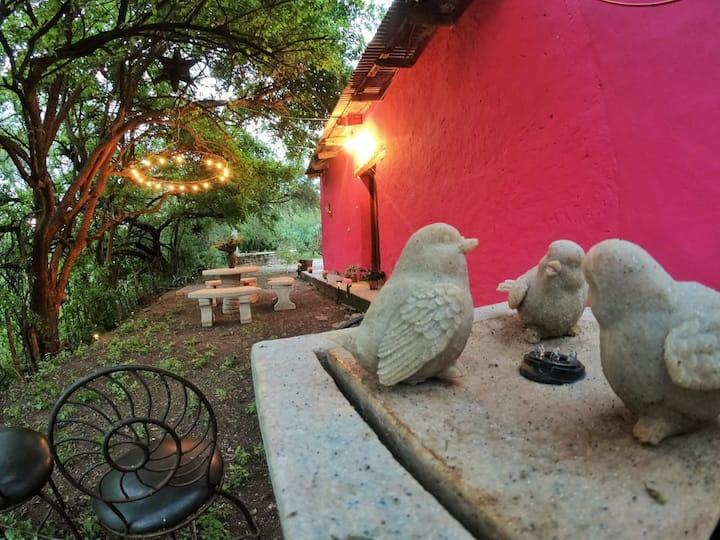 La casita de campo rosa