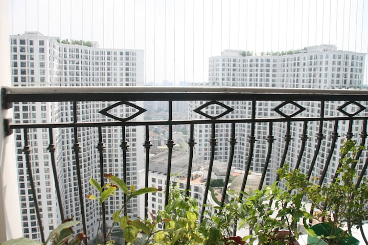 Luxury and affordable apartment in Royal City - Thanh Xuân Nam - Apartament