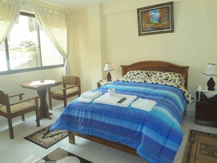 Habitacion SIMPLE en Hotel León en Cochabamba