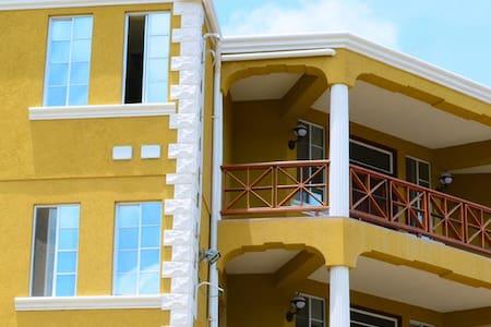 Sargasso Apartments - True Blue, St. George