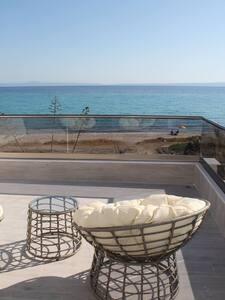 Chaniotis Luxury hous in the beach - Chaniotis