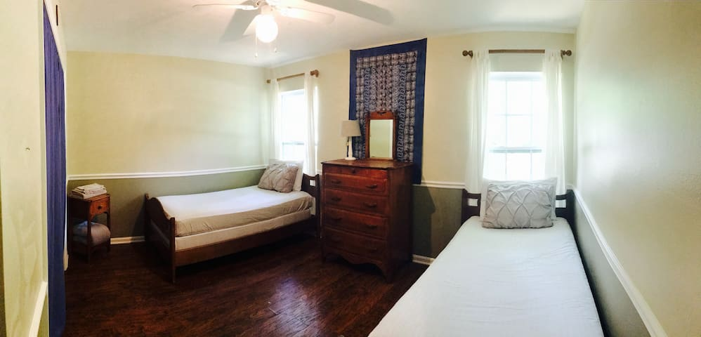 Affordable extended stays, convenient location (2)