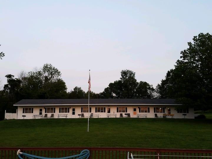 Creekside Acres Retreat Unit 4