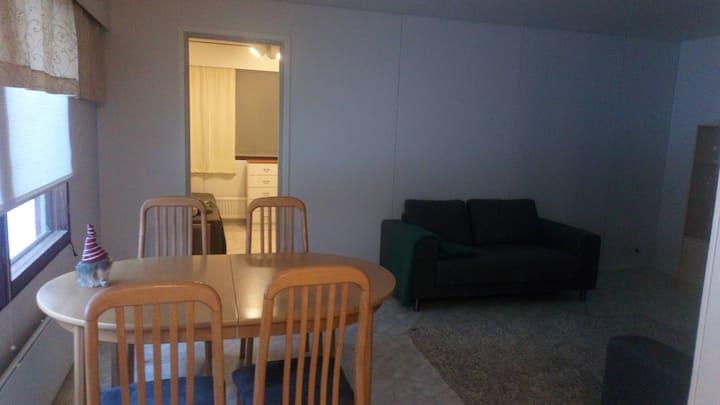 Tilava huoneisto lähellä Iisalmen keskustaa