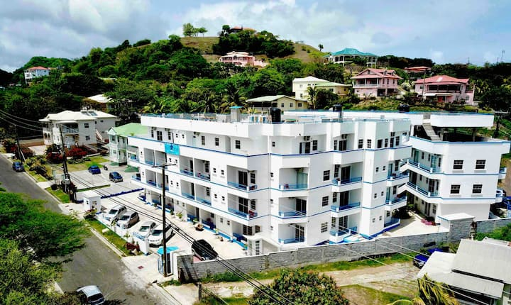 Blue Star Apartments & Hotel