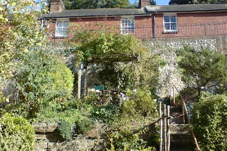 Victorian cottage in central Lewes - Lewes - Casa