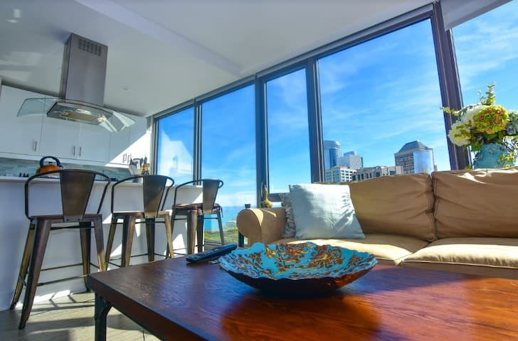 Downtown Luxury w/ Breathtaking Views (Sleeps 2)