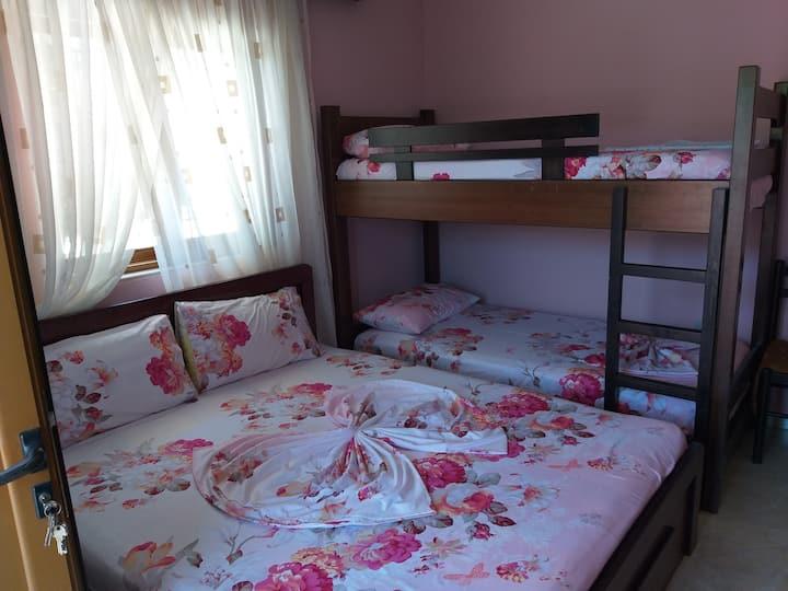 Villa Mariglen- Apartment 1, Ksamil