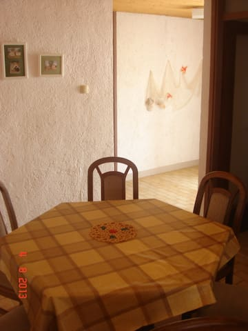 apartment for 4+2 persons - Primošten - Flat