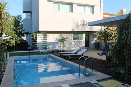 House with pool (5min to the beach) - Santa Maria da Feira - Ev