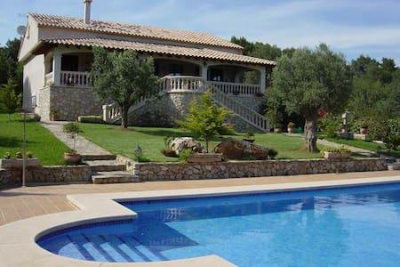 Chalet/Villa con Piscina i jardín - Campanet - Villa