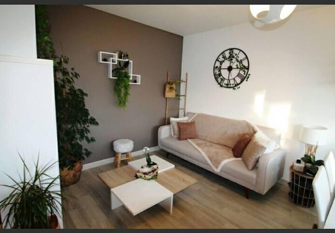 Appartement design en résidence calme