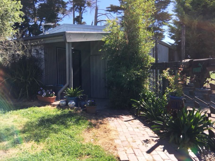 Entrance to Spinifex Cottage