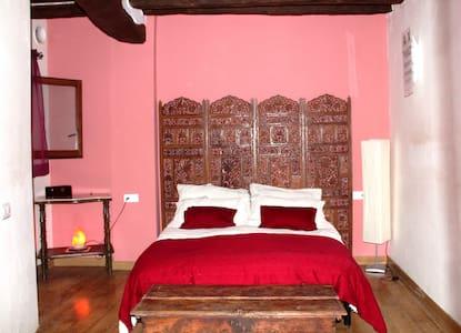 Room with a Spa! - Tivissa