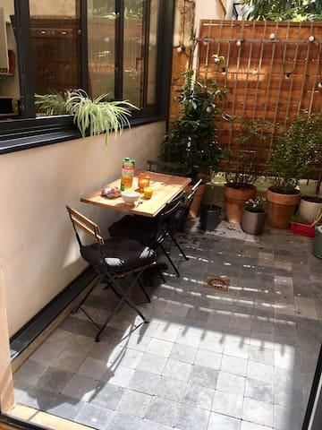 Lyon Croix Rousse Appartement atypique + terrasse