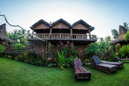Red Island Surf Camp- 2 Person Ocean Balcony Room - Pesanggaran